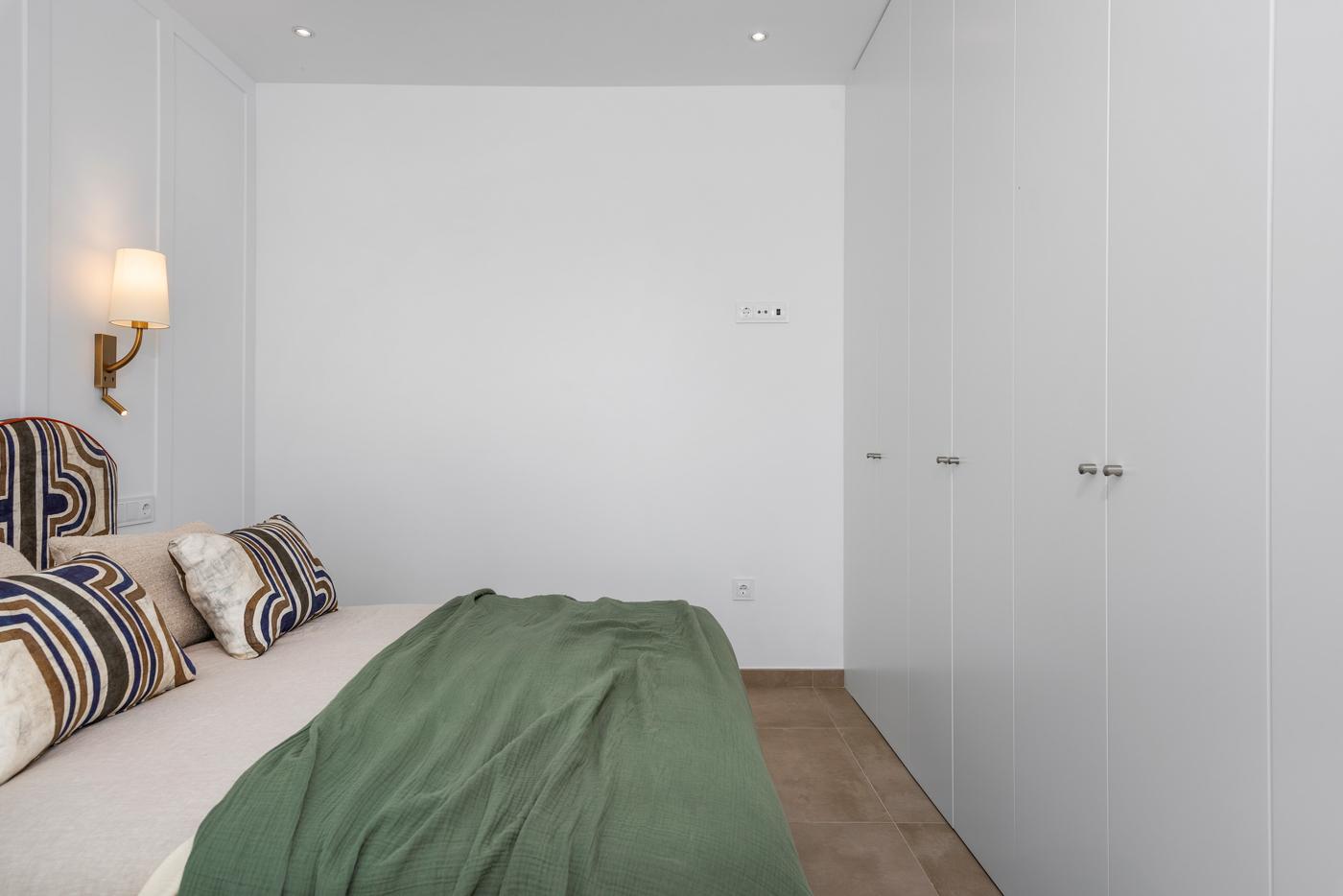 43- Paris V - 3rd Room 5