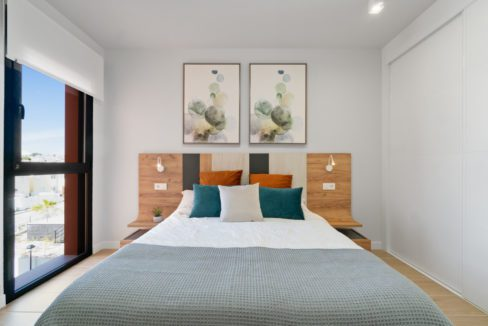012 HD Corner Penthouse